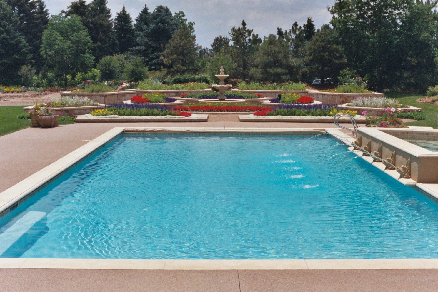 Swimming pool construction pool remodeling denver co for Swimming pool construction